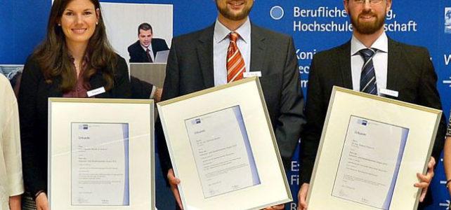 IHK-Preis für herausragende wissenschaftliche Arbeiten an Dr. Christian Reuter
