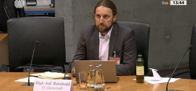 PEASEC-Expertise im Bundestag: Im Cyberraum verschwimmen die Grenzen zwischen Angriff und Verteidigung